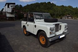 LAND ROVER (GB) 88 (SERIE 3)