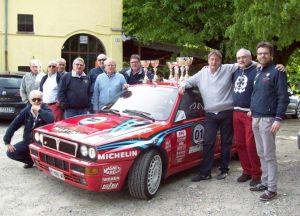 Arlenghi-Signorelli, LAncia Delta Integrale, vincitori nel 2013 con gli organizzatori della Ronde Cuvignone